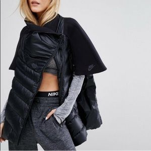Nike Tech Fleece Aeroloft Down Cape Jacket
